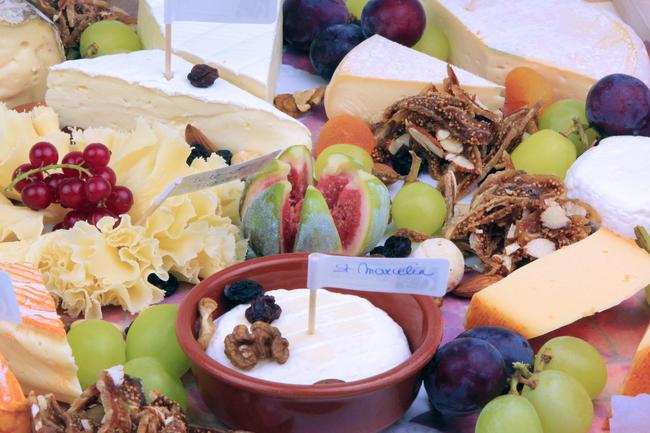 Plateau de fromage traditionel plateau de fromages d jeuner diner vente en ligne - Omhullen een froid rouge ...